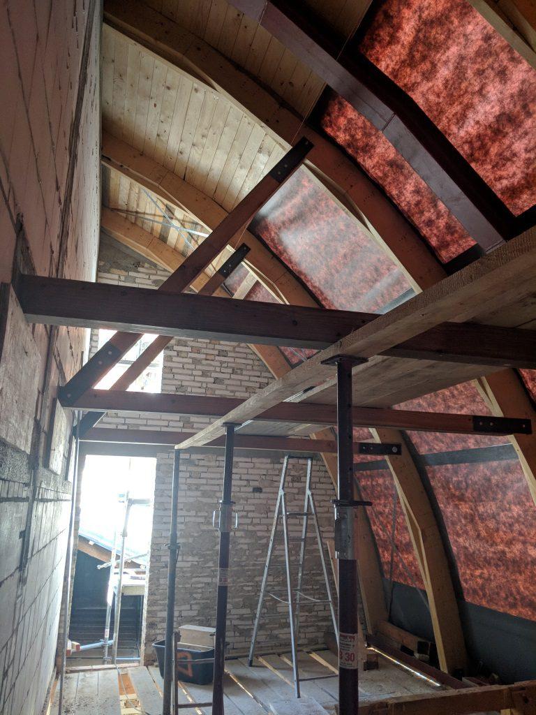 Sanierung Tonnendach Innenansicht