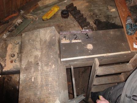 Holzkonstruktion im Inneren der Mühle