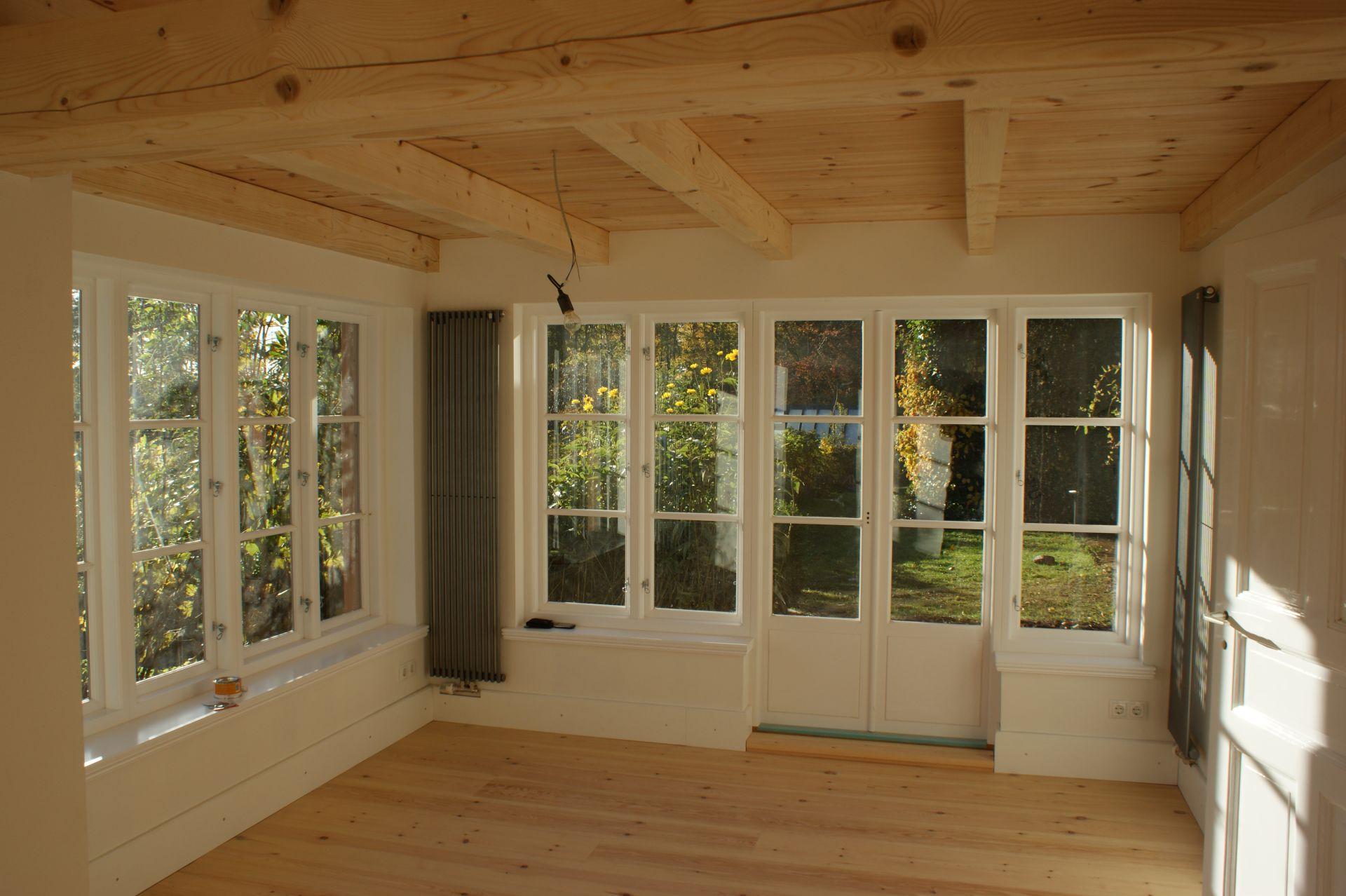 Sprossenfenster und Türen