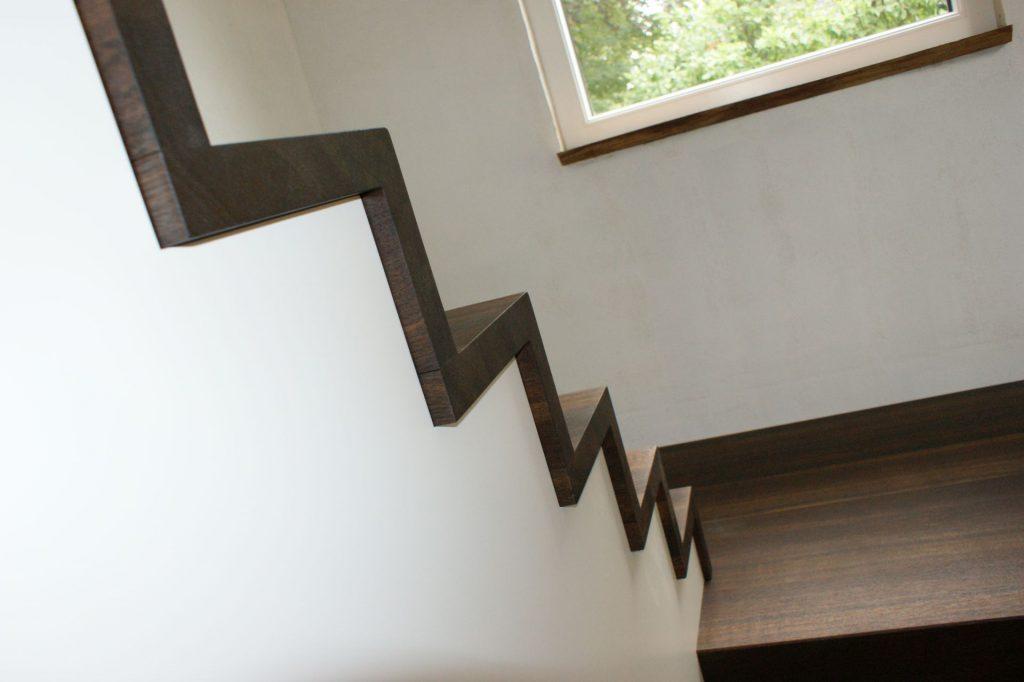 Treppe aus geräucherter Eiche